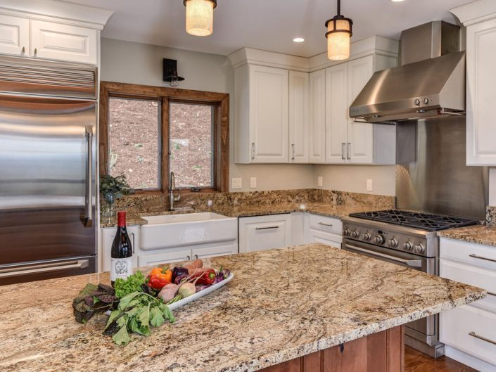 Custom Kitchen at Warbler Crossing