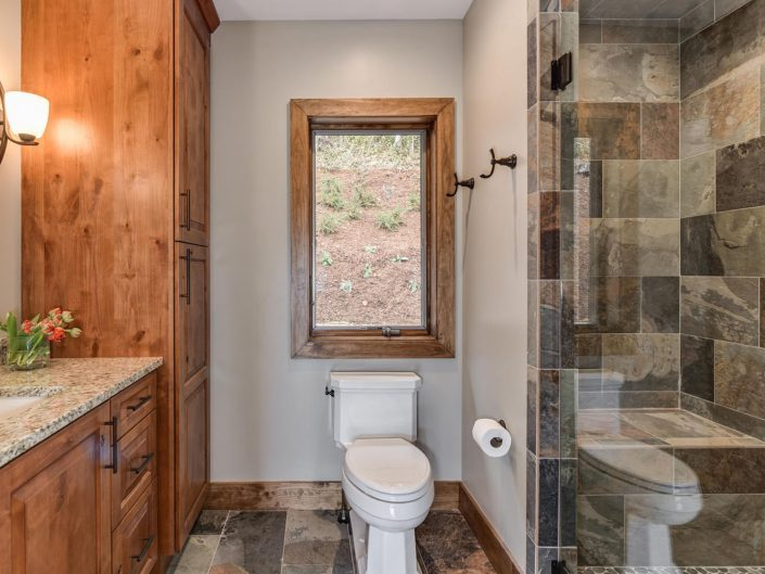 Custom Bathroom Design at Warbler Crossing