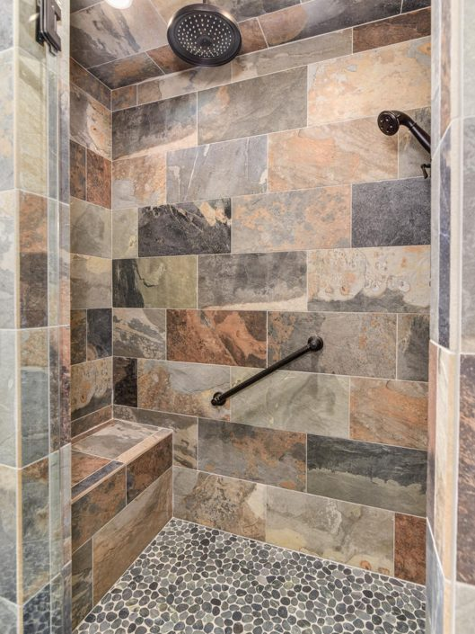 Custom Shower Design at Warbler Crossing